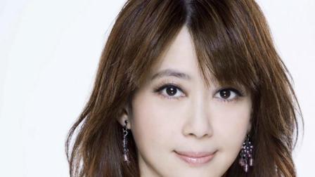 红过周慧敏杨钰莹, 离婚后仍被前夫狂追, 如今48岁依旧美如少女