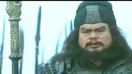 刘备领张飞赵云阻挡曹操大军, 三人并排, 张辽许褚曹仁不敢向前