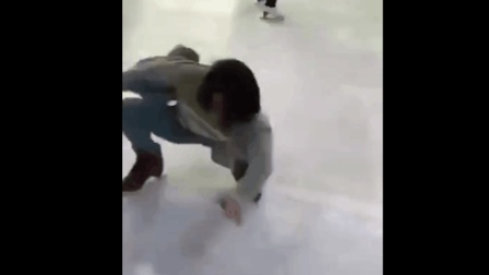 开心一刻: 姑娘溜冰的姿势好美