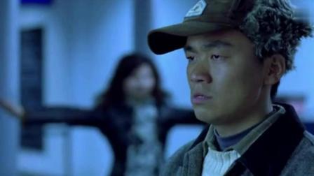 王宝强第一次坐飞机糗事连连, 徐峥忍不住感慨其