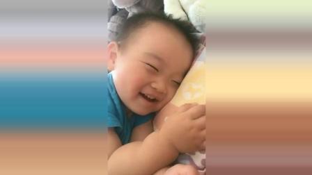 宝宝睡觉做梦了, 接下来宝宝开心的样子太可爱了!