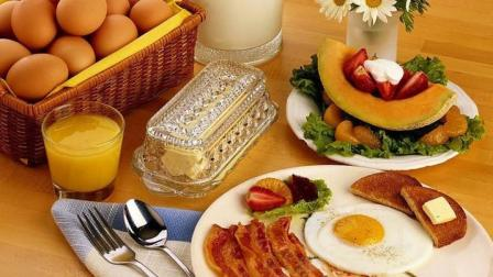 营养师倾情推荐早餐食谱: 只需轻松搭配3种食材!