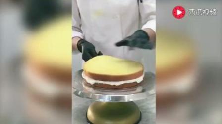 黑天鹅巧克力拉丝蛋糕~