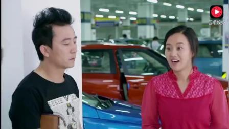 夫妻俩去买车, 全程笑点不断, 销售要被玩坏了,