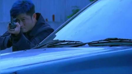吴京在这部电影可比战狼2猛多了, 把私家车当坦克, 洪金宝做老大, 好强势!