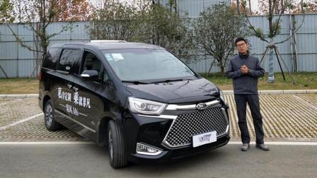 车风尚试驾高端商务MPV江淮瑞风M6(内饰篇)