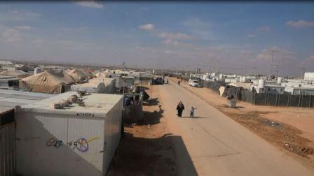 滞留边境的叙利亚民众迫切需要援助
