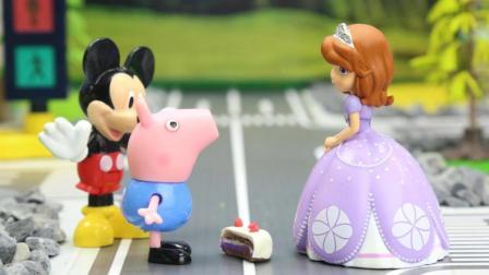 『奇趣箱』小猪佩奇的弟弟乔治走丢了, 米老鼠帮他找到了猪妈妈