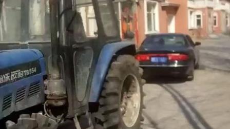 03年别克老君威挑战拖拉机, V6发动机可不是吹的!