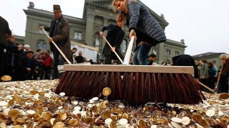 全球最不缺钱的国家, 工薪族1年可换2辆宝马, 77%国民拒绝加薪!