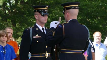 美国阿灵顿国家公墓卫兵换班仪式
