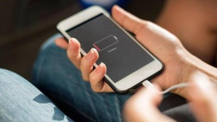 9990亿美元! 苹果削弱iPhone性能事件遭天价诉讼