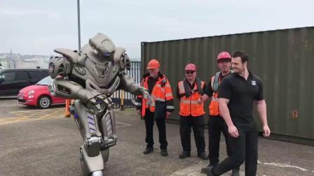 这机器人这人工智能太厉害了