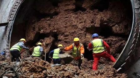 挖地铁挖出来的那么多土, 到底都去哪了? 说出来你都不敢相信