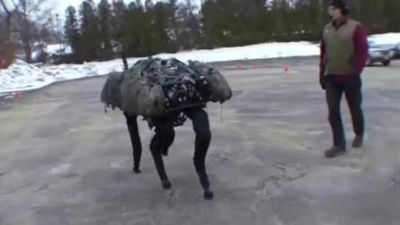 27岁中国天才小伙发明出首台四足机器人!