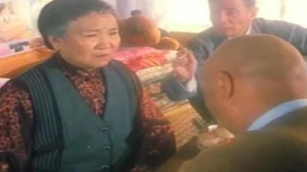 赵丽蓉担心后被火葬, 装晕逼儿子陈佩斯签字画押
