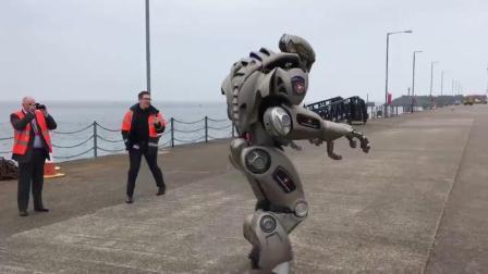这机器人这人工智能太棒了