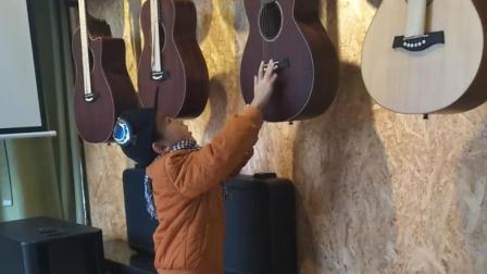 娱乐日常PK吉他王子: 儿童快乐成长游戏视频