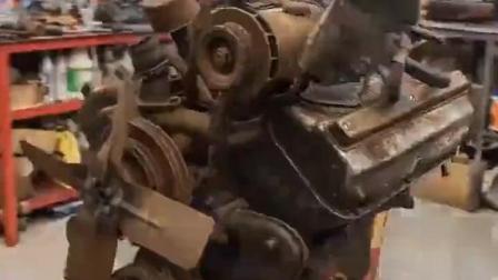 20年老奔驰V8发动机翻新, 装上拖拉机百公里加速4秒内