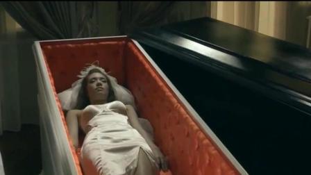 一部扭曲人性的泰国恐怖片, 男子居然对漂亮女尸干出丧尽天良的事