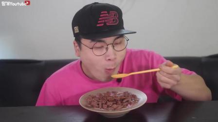 韩国的牛奶泡麦片有多好吃? 酥脆酥脆的
