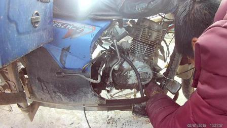 三轮摩托车换二手发动机过程3