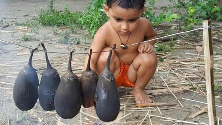 留守儿童自己做饭, 5个茄子一盆米饭, 孩子们却是那么心满意足