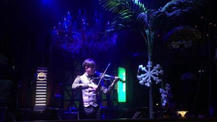 帅到不行, 那动感十足和激情澎湃的小提琴演奏, 难道你不想一睹为快吗?