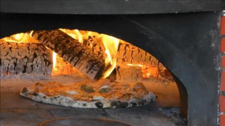 这才是正宗的意大利披萨, 手工制作, 柴火烤制, 味道绝对不一样