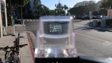 「科技三分钟」比 Mate 10 还贵, NUVIZ 头戴式 HUD 显示器发布