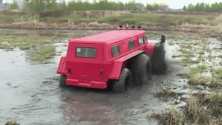 大叔发明水陆两栖越野车! 还上央视《我爱发明》, 一次能载10个人