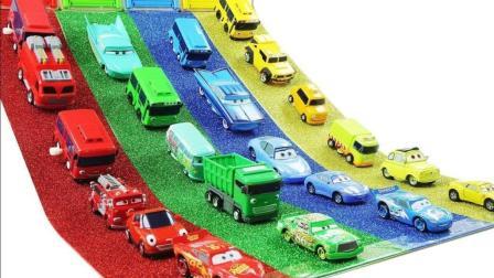 合金车 迪士尼 赛车总动员 闪电麦昆 可爱的小巴士泰路 彩色汽车滑动玩具【俊和他的玩具