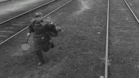 《严密监视的列车》年轻军官送别心爱的姑娘,感人至深