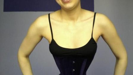 女子束腰15年, 结果患上肠胃病, 去掉腰带后吓坏医生