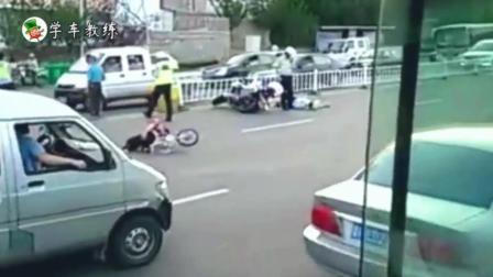 遇到这样的车祸, 不知道交警是判谁的责任?