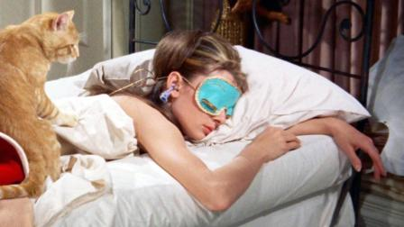 一部获奖无数的爱情电影, 几分钟看完《蒂凡尼的早餐》