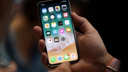 苹果道歉: 电池低价换购! 网友: 只为让群众换新手机!