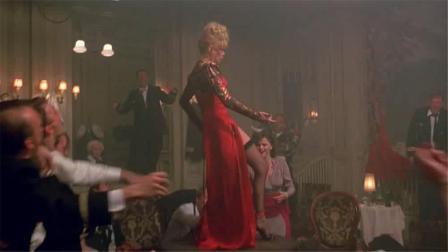 性感美女舞场惨遭调戏,这个套路也是没谁了!
