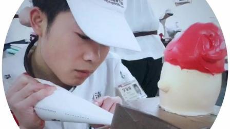 课室随手拍, 手把手教学的蛋糕在刘清蛋糕裱花培训课程可以体验哦