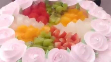 精心设计的水果蛋糕, 好看更好吃, 价格你来定