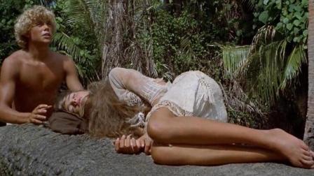 1男1女流落荒岛, 还生下了儿子, 一部美丽得让人屏息的电影!