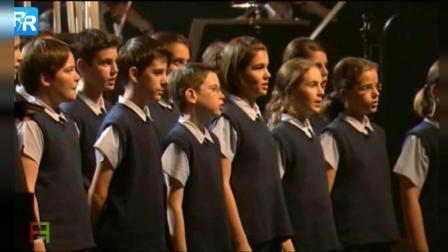 《放牛班的春天》主题曲现场版, 天籁嗓音宛如天使
