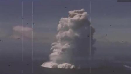 原子弹在海里爆炸是什么样子? 看看1958年的实况录像