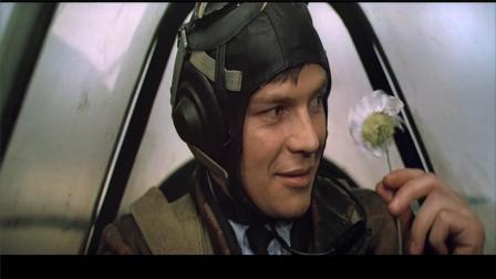 《解放3主攻方向》苏联空军严阵以待,看准时机一发击落德国飞机