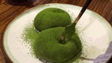 最爱吃抹茶了 抹茶大福吃着真好吃 软糯可口 有喜欢吃的吗