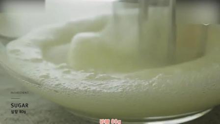 蛋糕裱花教学视频烘焙教学-好Q萌的西瓜慕斯蛋糕奶油裱花