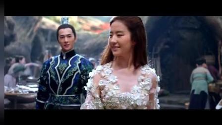 女神刘亦菲与杨洋大街上秀恩爱, 甜的看不下去