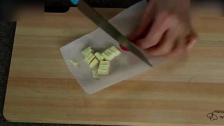 烘焙培训Kitty猫草莓蒸蛋糕, 小盆友们应该喜欢烘焙甜点