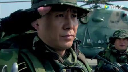 《特种兵之利刃出鞘》孤狼突击队0231执行任务! 吴京帅气登场