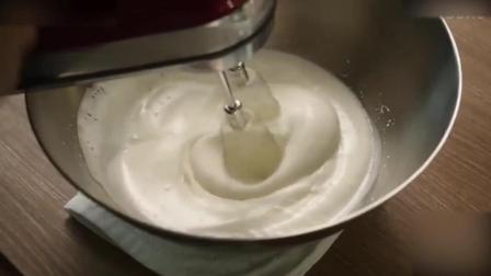 蛋糕裱花教学视频年糕抹茶提拉米苏, 太会玩了淡奶油打发
